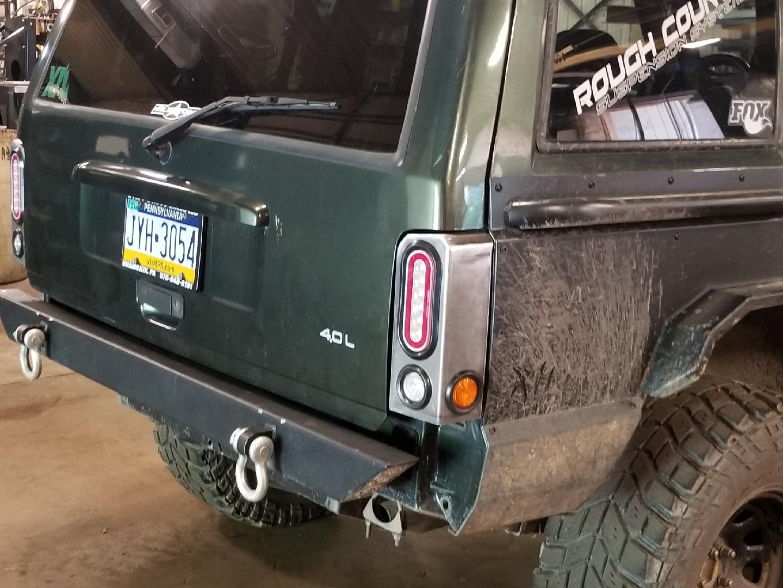 Jeep Cherokee Xj Tail Light Housings