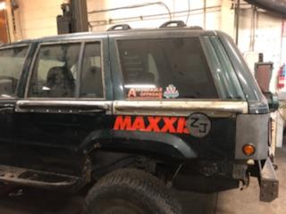 Pair of Rear Quarter Rub Rails-Jeep Grand Cherokee ZJ ('93-'98)